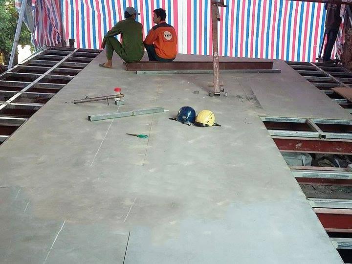 Nhà khung sắt sàn nhẹ 45 Cửa Nam Hà Nội